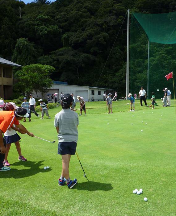 ロイヤル スター ゴルフ クラブ